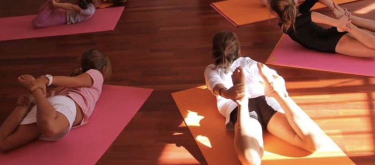 Yoga enfants au centre ysananda yoga à Bordeaux