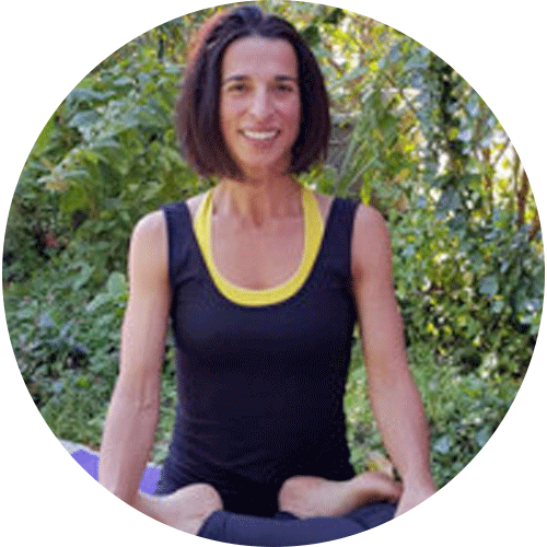 martine bounet, enseignante yoga in english au centre ysananda yoga à bordeaux